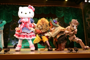 "Livespire ""Hello Kitty to Oz no maho no kuni"""