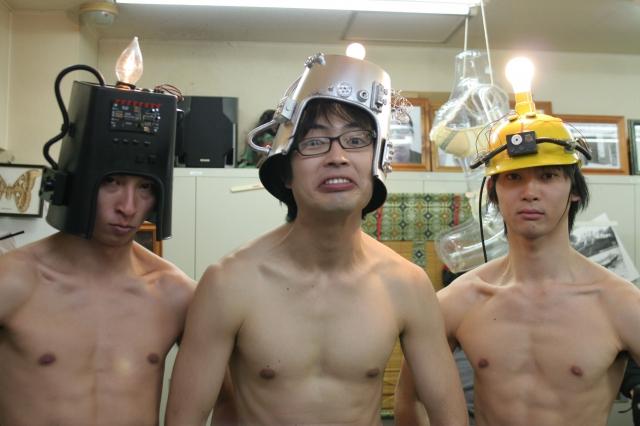 http://jfdb.jp/data/photo/movie/b1/4e/16/9d/335f7708438467249f7a46af7d6dc14d_640.jpg