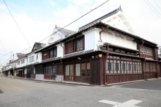 MACHIYA〜saving old wooden townhouses〜